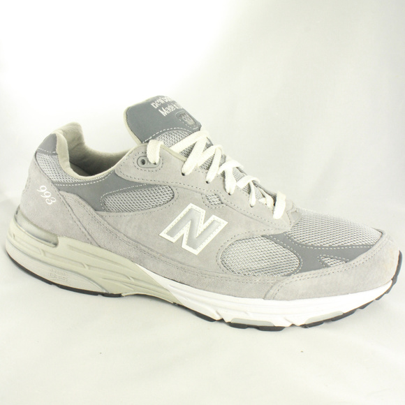 new product 81d7d dbcf6 NEW BALANCE Mens Classic 993 Running Shoes